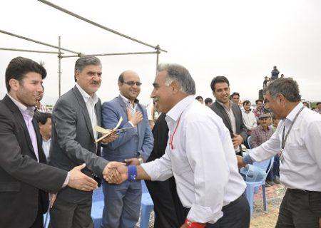 حضور دکتر عزیزی در مسابقات کشتی باچوخه شهر زیارت