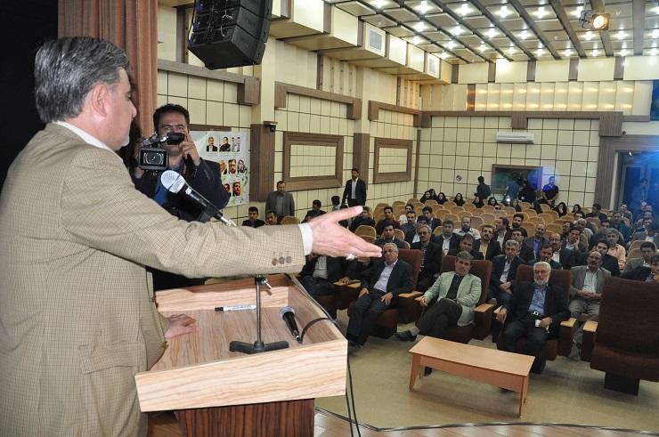 امضای ۲۴۱نماینده مجلس درحمایت ازافزایش تحصیلات تکمیلی دردانشگاه آزاد