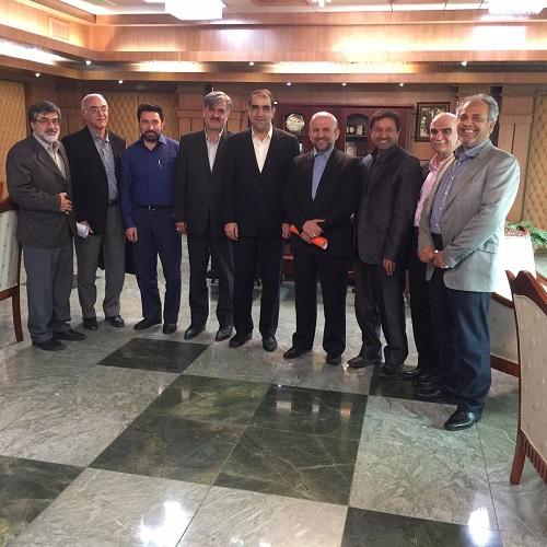 جلسه دکتر عزیزی با وزیر بهداشت جهت تسریع ساخت بیمارستان شیروان