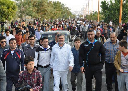 حضور دکتر عزیزی در همایش بزرگ پیاده روی عمومی و خانوادگی شیروان – جمعه ۱۷ مهر ۱۳۹۴