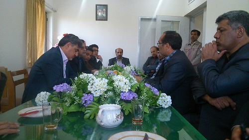 جلسه دکتر عزیزی با مسئولین مجتمع آموزش عالی شیروان