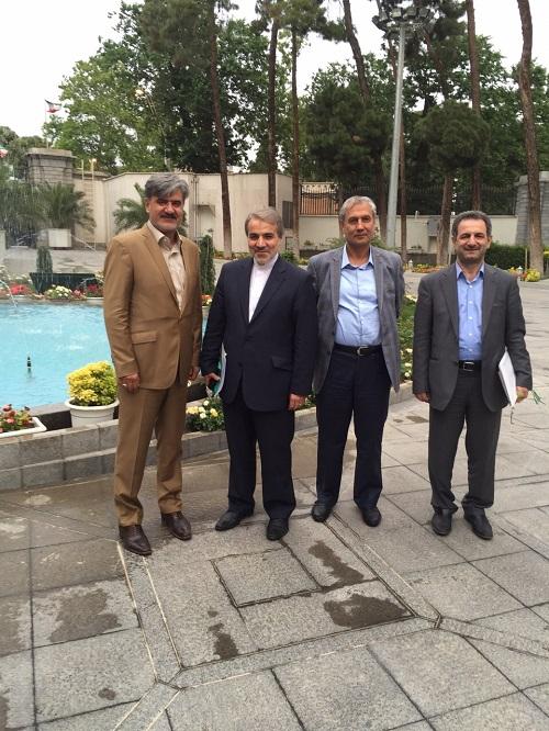 زدودن فقر از جامعه از آرمانهای انقلاب اسلامی است