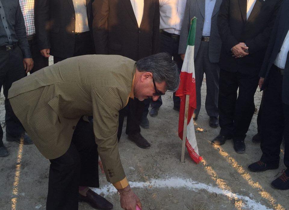 کلنگ احداث سوله ورزشی دانشگاه آزاد اسلامی شیروان به زمین زده شد