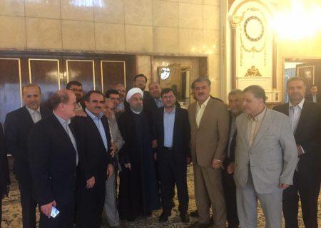 جلسه هیات رئیسه وبنیانگذاران فراکسیون مستقلین ولایى با دکتر روحانى رئیس محترم جمهورى اسلامى ایران