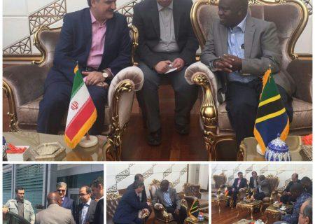 استقبال دکتر عزیزی از مسئولین کشورهای خارجی که به منظور شرکت در مراسم تحلیف ریاست جمهوری به ایران سفر کرده بودند