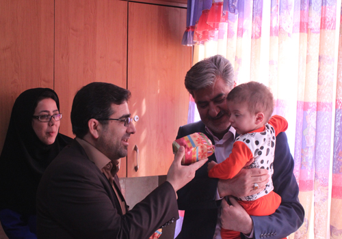 بازدید دکتر عزیزی و مدیر کل بهزیستی استان از شیرخوارگاه حضرت فاطمه (س) شیروان